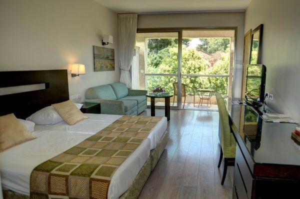 בית מלון קיבוץ לביא  בטבריה, סובב כנרת ועמקים