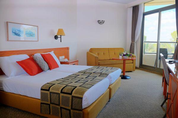 отель в  Тверия и Кинерет Лави