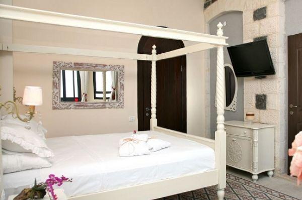 מלון יוקרתי שירת הים טבריה, סובב כנרת ועמקים - חדר סוויטה עם מרפסת