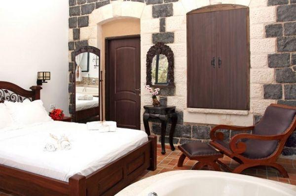 מלון דה לוקס שירת הים - חדר סוויטה עם מרפסת
