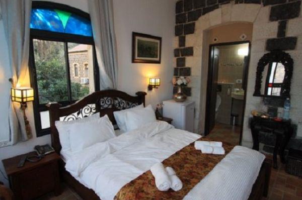 בית מלון דלוקס שירת הים טבריה, סובב כנרת ועמקים - חדר סוויטה עם מרפסת