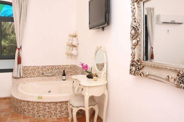 בית מלון דלוקס שירת הים טבריה, סובב כנרת ועמקים - חדר דלוקס