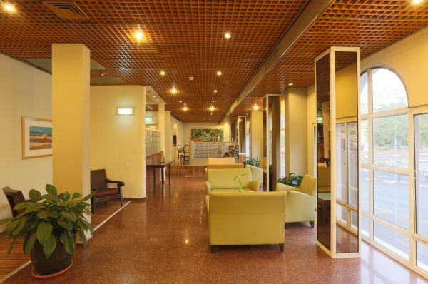 בית מלון פרימה TOO