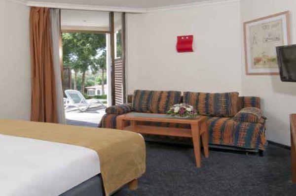 בית מלון רימונים מינרל - חדר גן (שלה)