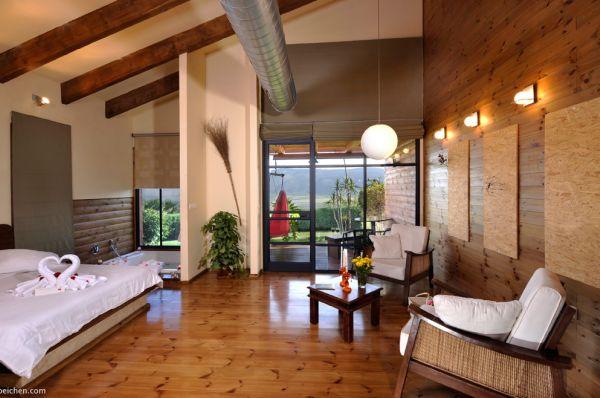 עין חרוד בית הארחה בטבריה, סובב כנרת ועמקים - סוויטה איריס