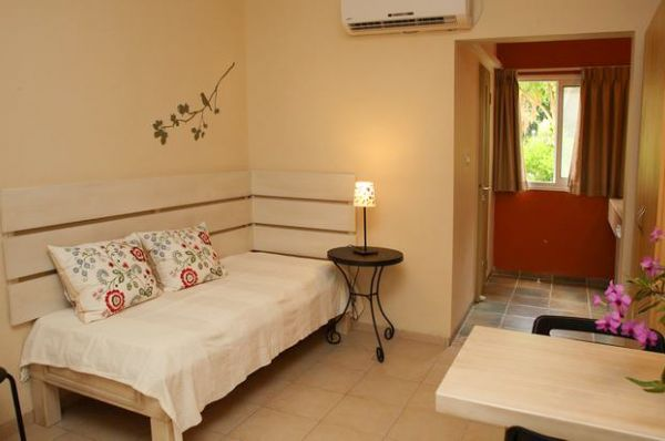 בית הארחה אל מול גולן בטבריה, סובב כנרת ועמקים - בית 8
