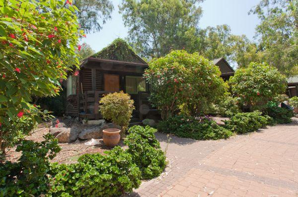 בית הארחה אוליב על המים טבריה, סובב כנרת ועמקים