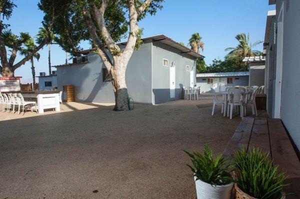 סאות ביץ כנרת סירונית בית הארחה בטבריה, סובב כנרת ועמקים