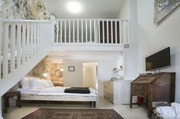 בית מלון אבני החושן  בגליל עליון והגולן