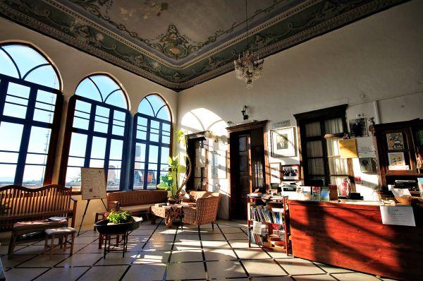 בית מלון פאוזי עאזר אין ב גליל עליון והגולן