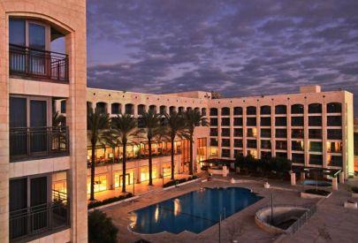 בית מלון גולדן  קראון ב גליל עליון והגולן