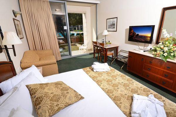 בית מלון גולדן  קראון בגליל עליון והגולן