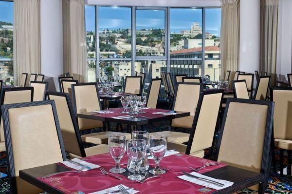 בית מלון גולדן קראון העיר העתיקה בגליל עליון והגולן