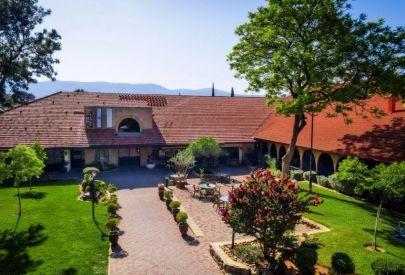 отель в  Голаны и В.Галилея Ha-Goshrim