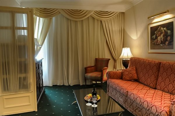 בית מלון פלאזה