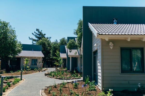 אירוח כפרי כפר הנופש תיירות עין זיוון לן בגולן בגליל עליון והגולן
