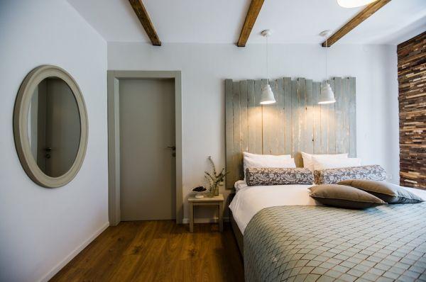 בית הארחה כפר הנופש תיירות עין זיוון לן בגולן בגליל עליון והגולן - חדר כרמים