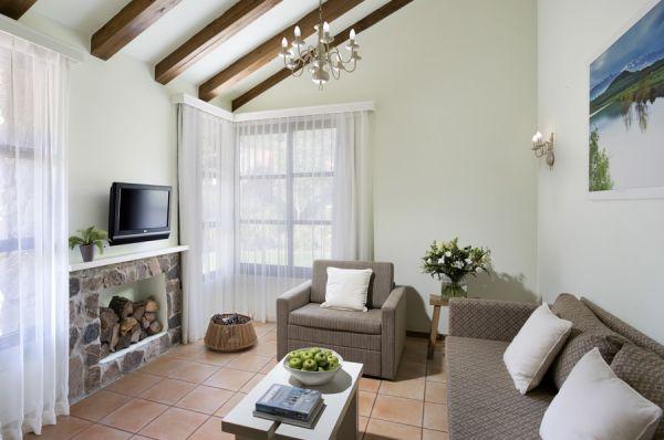 בית הארחה תיירות מרום גולן גליל עליון והגולן - בקתות בזלת