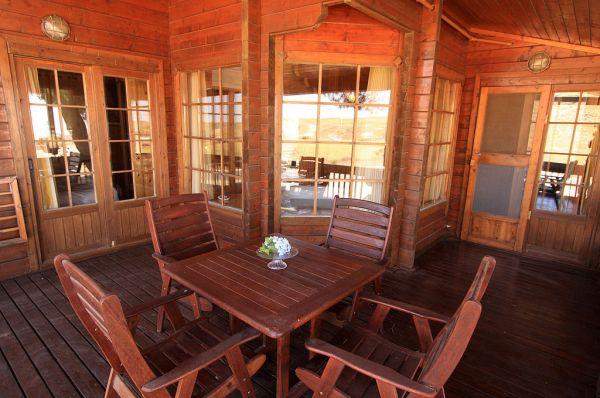 אירוח כפרי אורטל - בקתות עץ