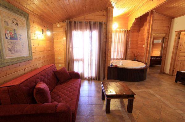 בית הארחה אורטל גליל עליון והגולן - בקתות עץ
