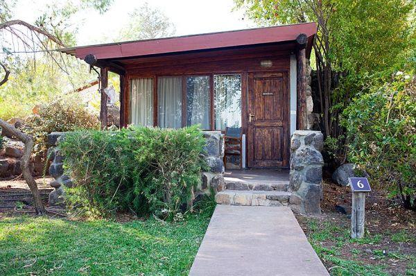 בית הארחה ורד הגליל בגליל עליון והגולן - בקתה