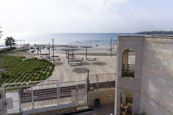 בית מלון חוף עכו ב גליל מערבי