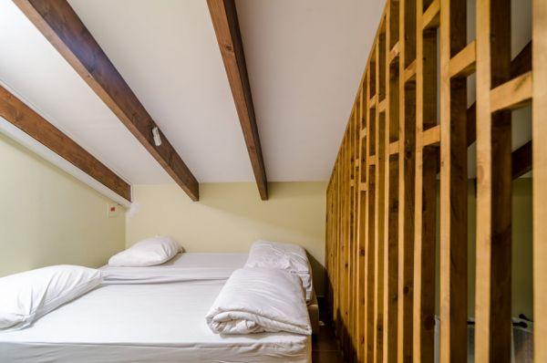 בית הארחה דולפין וילגי בגליל מערבי - חדר כפרי גלריה